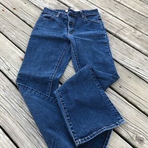 Gap Flare Bottom Jeans Size 8. Preowned.